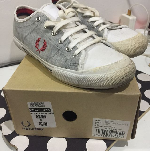 Fred Perry jersey tennis shoe