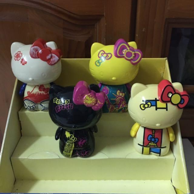麥當勞kitty彩繪公仔一組4款
