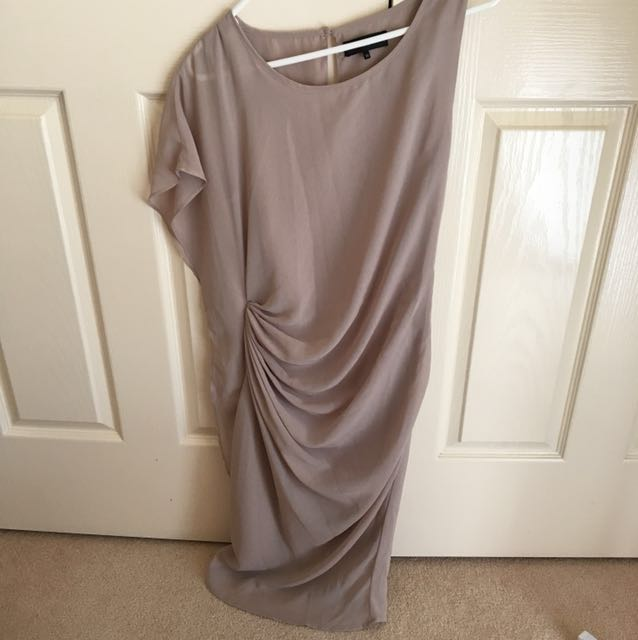 LIKE NEW Femme Chiffon Beige Gathered Work Cocktail Dress