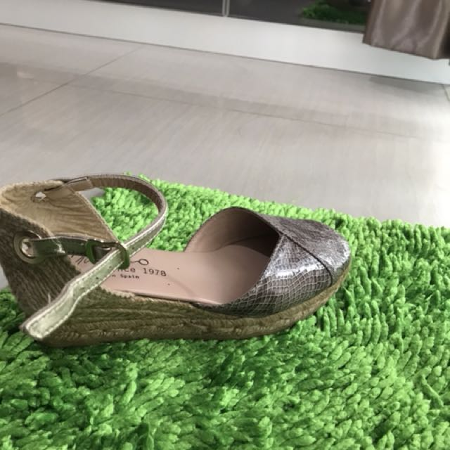 Linea by Gaimo wedges