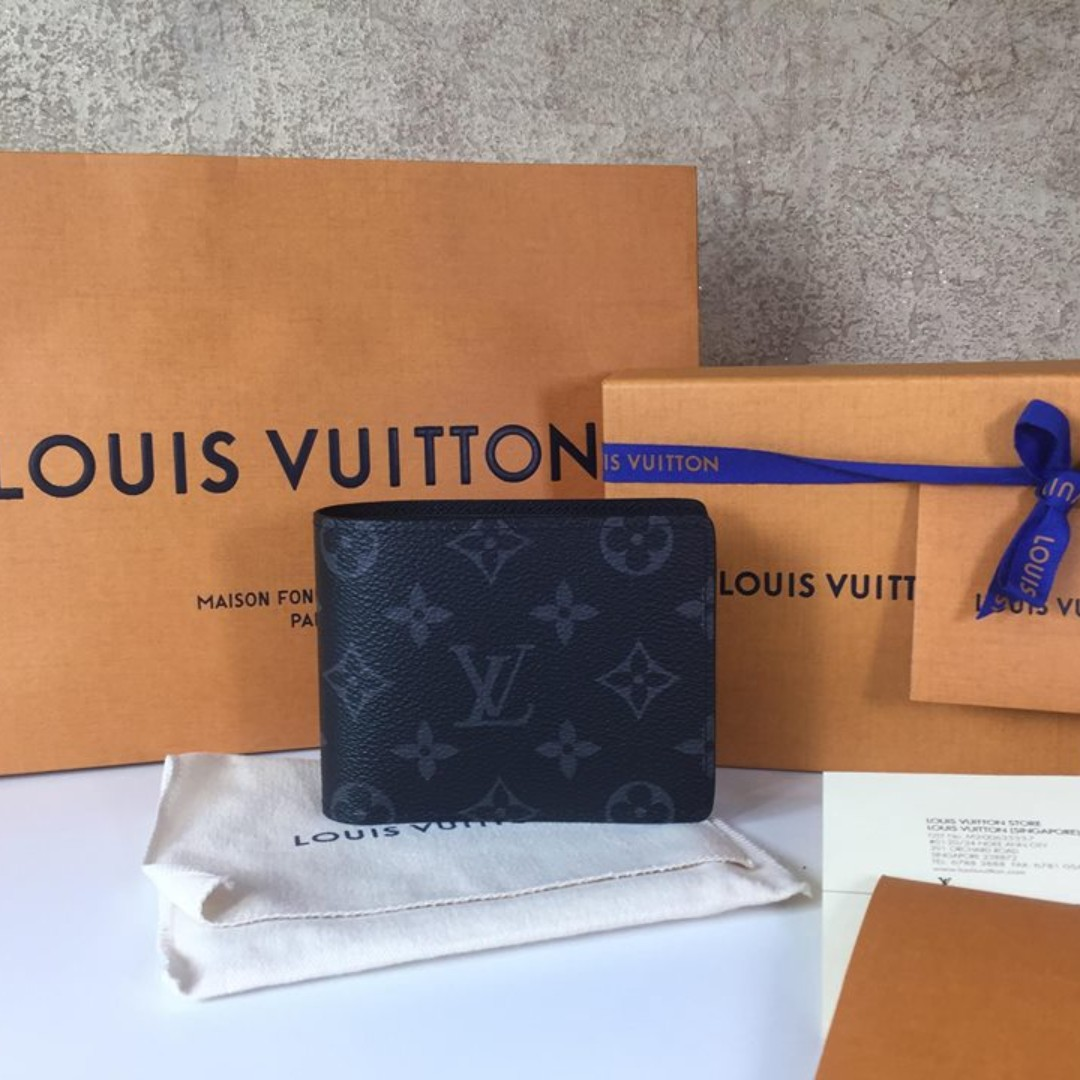e68cc353f326 LOUIS VUITTON M61695 MULTIPLE WALLET MONOGRAM ECLIPSE WALLET on Carousell