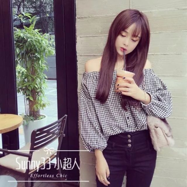 [NEW] Off Shoulder Checkered Top