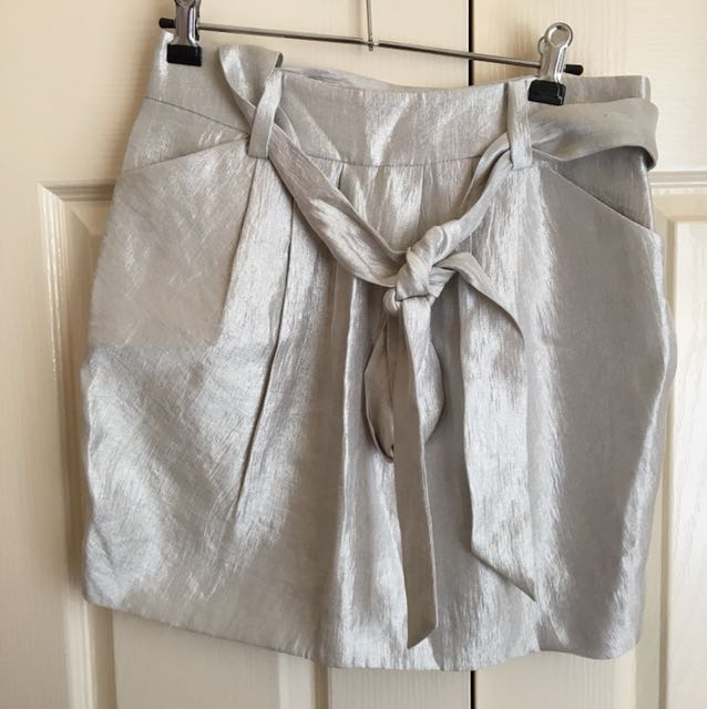 NEW WITH TAGS Forever New Silver Metallic Skirt Tie Ribbon Waist - Size 10