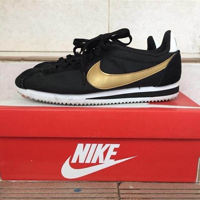 check out e1800 b7d2a ... promo code for nike cortez black gold nylon turun harga preloved fesyen  pria sepatu di carousell ...
