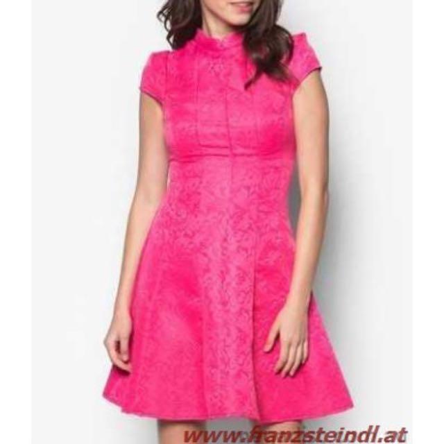 Nine2Five by Zalora Ai Baroque Print Dress