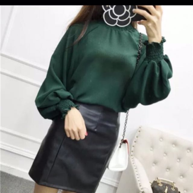 Pleated Long Sleeves Blouse