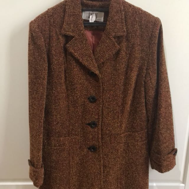 preloved coat / preloved jacket / jaket second / coat second
