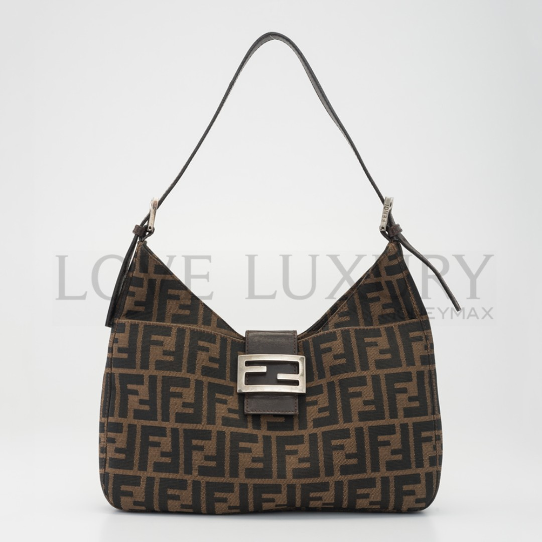 0955390243 Preowned Fendi Zucca Shoulder Bag (POB0004420)