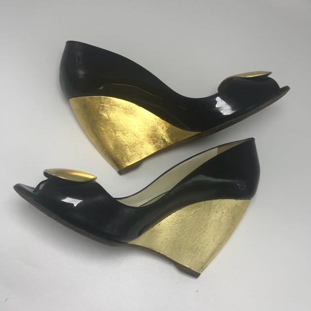 RUPERT SANDERSON ORI Wedge Shoes Heels Black Gold Sz 37