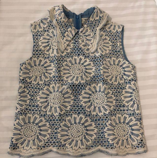 Shanghai blue shirt
