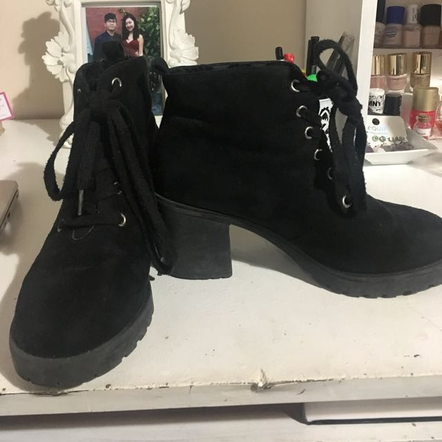size 7 Black Suede Boots
