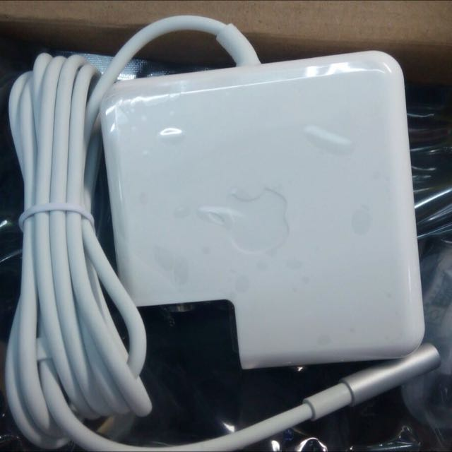 (Stock Available) New Macbook Charger Air, Pro , Retina With Three Month Warrenty