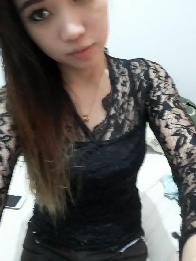 Top lace black long sleevew