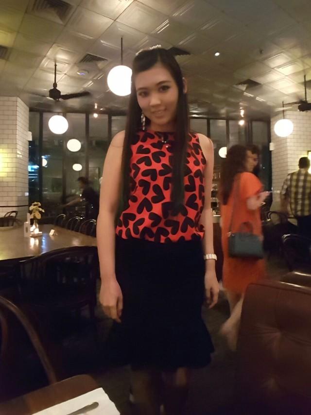 Top red love sleeveless