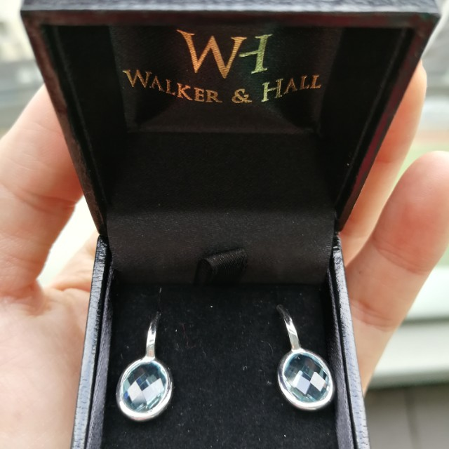Walker&Hall 9ct White Gold and Topaz earring