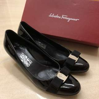 Ferragamo high heels size 9
