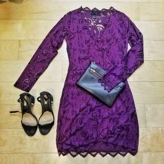 Bodycon wrap lace dress