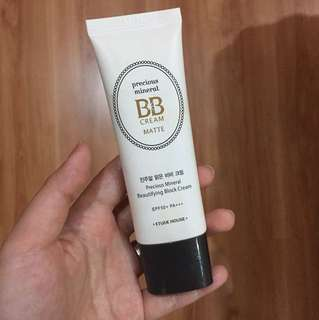 BB cream Matte (Color: Petal)