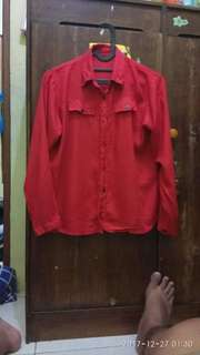 Kemeja merah murah meriah