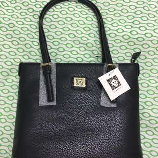 ***Reduced*** Anne Klein Tote (brandnew)
