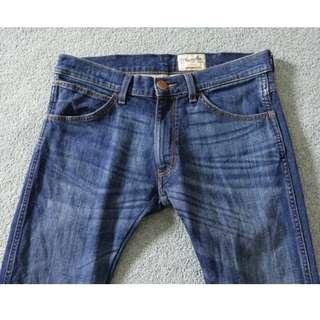 Wrangler 美國藍哥  深藍刷色 彈性低腰合身 窄管 牛仔長褲 32腰 比 levis 質感還好太多