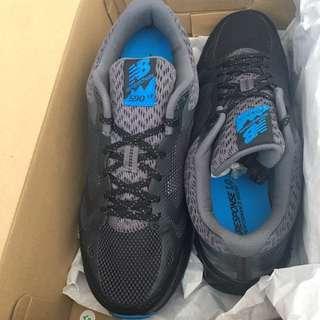 New Balance Men Sneakers