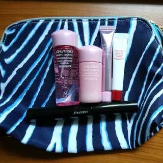Shiseido set + a free estee lauder cosmetics bag