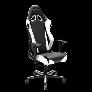 DXRacer Racing Series RV001 Pro Gaming Chair