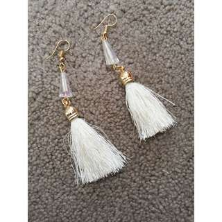 Anting / Earring Benang Sutra