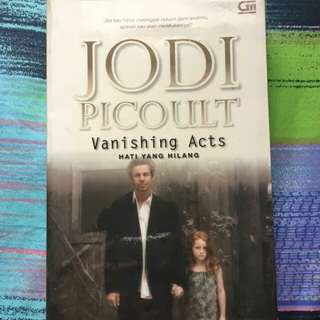 Buku Vanishing Acts karya Jodi Picoult