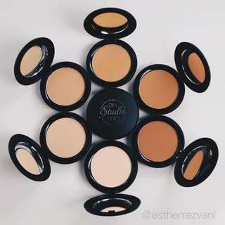 Studio Pro Matte Finish Pressed Powder by BH Cosmetics