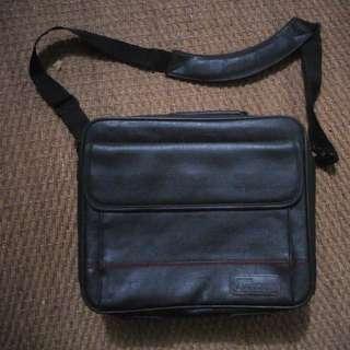 Targus leather laptop bag