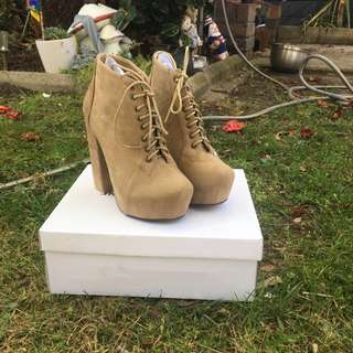 Brand New In Box Theodore Stone Boots