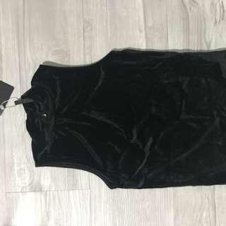 Black velvet sleeveless