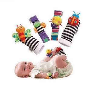 kaos kaki+gelang rattle 1 set