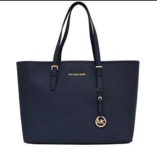 Michael Kors jet set travel MK 全新深藍大 tote bag