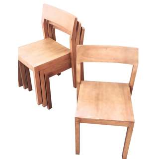 Kursi Cafe bisa di Stacking / bisa di susun tumpuk