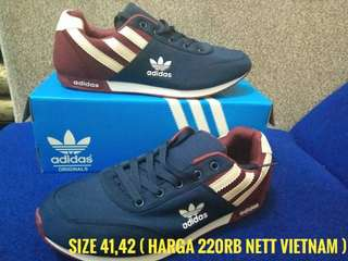 Sport adidas blue red new