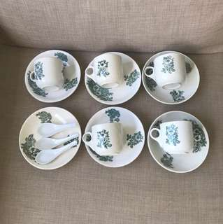 Vintage Crockery set