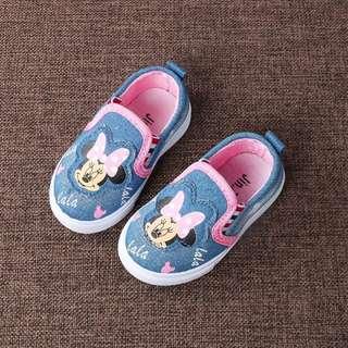 Minnie Shoes (Soft Blue)