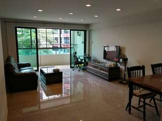 HDB For Sale: 5i @ Blk 580 Woodlands Dr 16 *Price Reduced $400K Only*