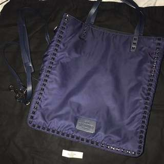 Valentino Garavani Bag.      LV Chanel BV YSL
