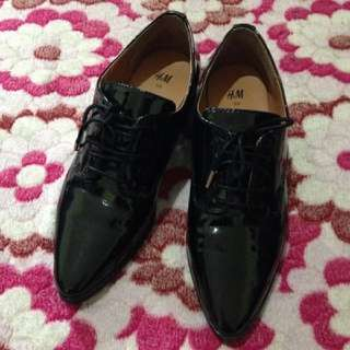 h&m black shoes