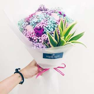 3s rose baby's breath mini bouquet