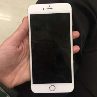 iphone6. Plus.   8.5成新。  可面交看機。  i6plus換i6s也可