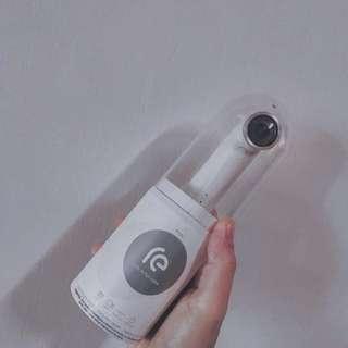 HTC-RE有附恐龍座充器