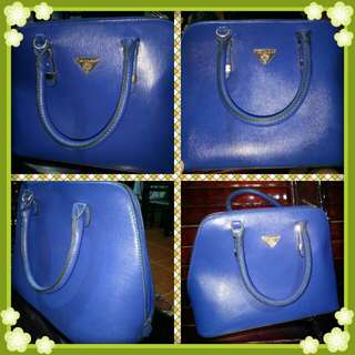 Preloved handbag,used but not abused,,nakatabi lng kya benta na,,