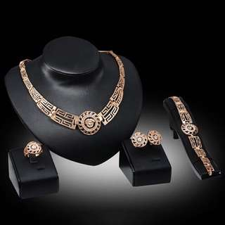 Necklace earrings bracelet ring set