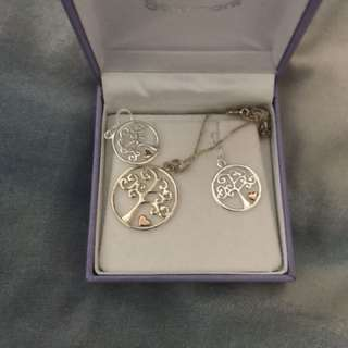 Goldmark silver tree earrings and necklace