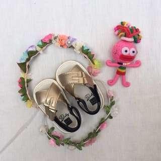 Baby soft sole shoes / sandal (unisex)